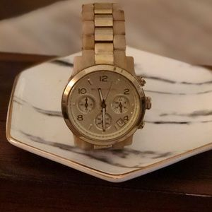 | MICHAEL KORS | Gold Watch